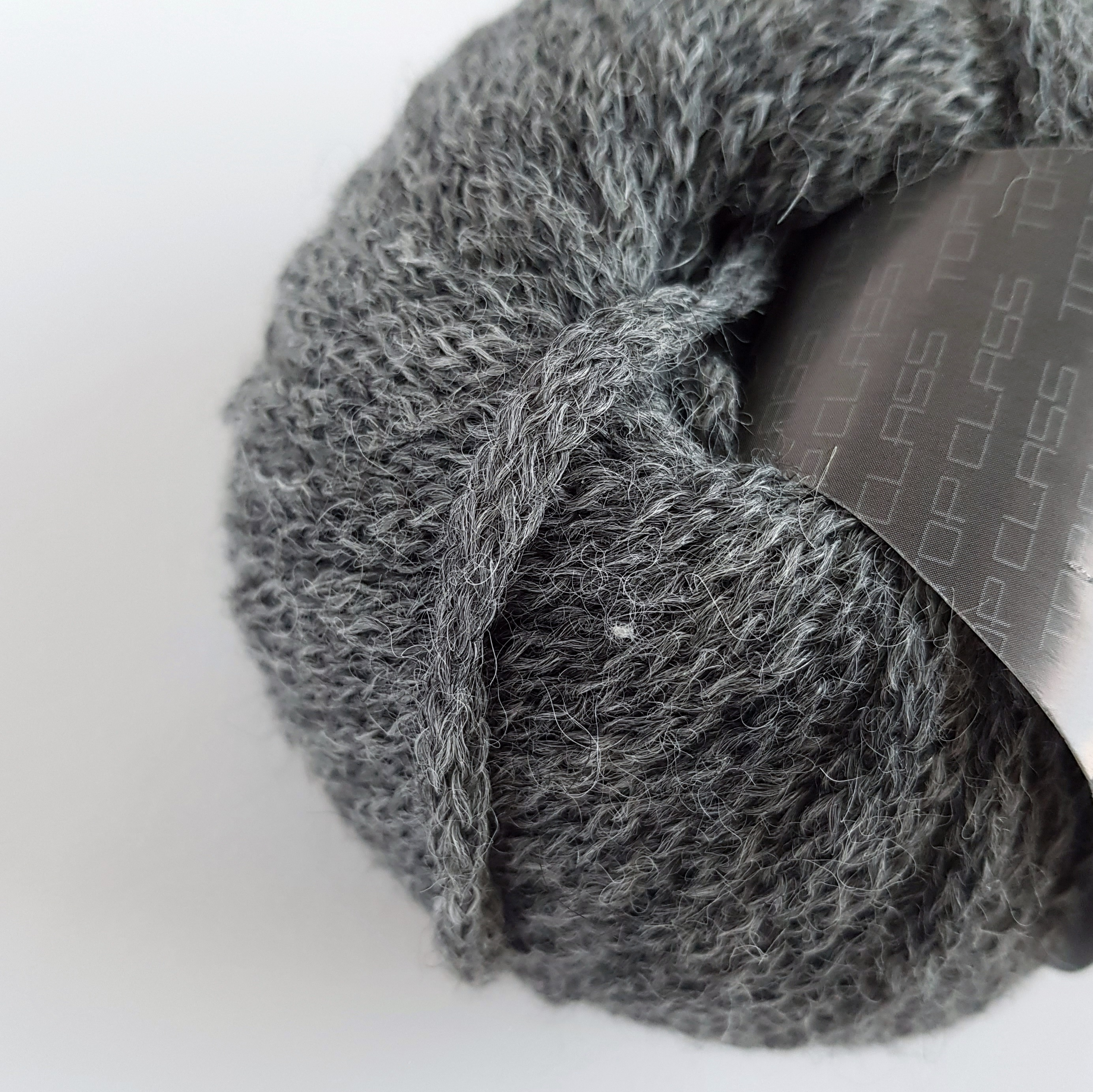 ПРЯЖА LANA GATTO ALPACA SUPERFINE (93% АЛЬПАКА, 7% НЕЙЛОН) #7612 GRIGIO MEDIO